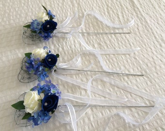 handmade with love... x1 flower girl wand silver sparkle heart with added flowers, hydrangeas & vintage ivory roses with chiffon ribbon....