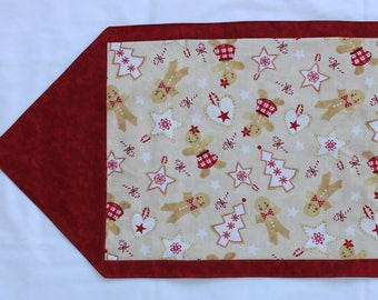 Christmas Gingerbread Men and Women Table Runner / Christmas Table Runner / Christmas Gingerbread Men