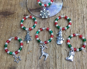 Wine glass charms, red and green Christmas wine glass charms, Christmas glass decorations, red and green beaded party glass charms, festive