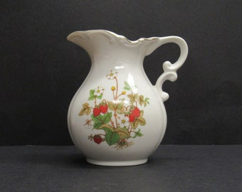 Vintage Strawberry Motif Ceramic Cream Pitcher (E9858)