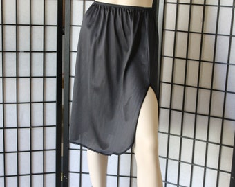 "Vintage Half Slip Black by Vassarette Size Medium  24"" Made in the USA 60s, 70s"