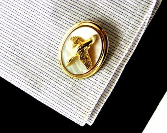 Gold Tone Geese on Mother of Pearl Cuff Links Jacob M Oldak Cuff Links Geese In Flight Cuff Links Vintage 60 Cufflinks