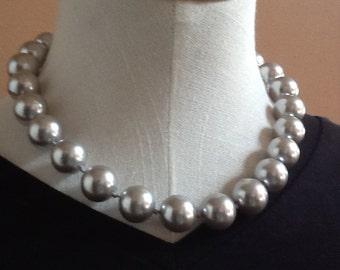 G R E Y  Bridal Pearl Necklace Wedding Jewelry Bridal Necklace Swarovski Pearl Wedding Pearl Necklace Rhinestone Classic Bridesmaid