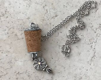 Small Cork Necklace - Pinwheel