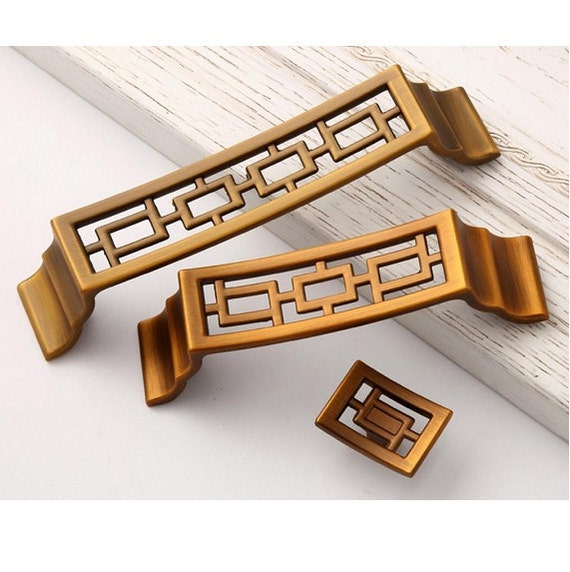 Chinese style pulls knobs drawer handles antique brass for Asian furniture hardware drawer pulls