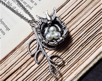 Silver Bird's Nest Necklace