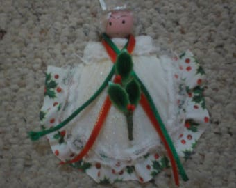 New Seashell Angel Ornament Christmas - Party Favor - Hostess Gift - Gift Tag - Holidays - Winter - Teacher's Gift