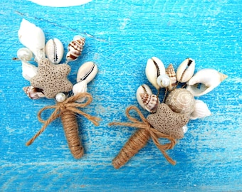 Beach wedding boutonniere, Sea shells boutonniere, Lapel pin, Groomsmen buttonhole