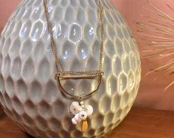 Necklace Moon and Pearl White