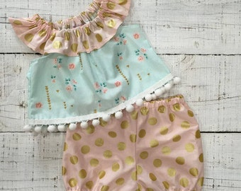 Heaven Sent Handmade baby girl green pink dot gold pom pom ruffle neck top shorts shorties set gift