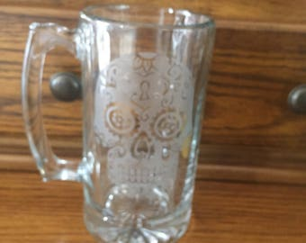 Sugar Skull Etched Beer Mug