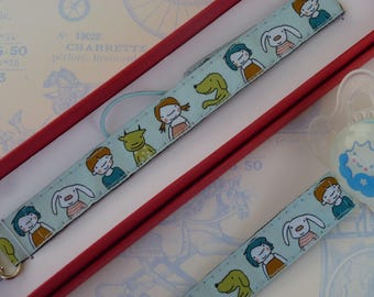 "Chest tie lollipop original ""Friends"" woven Ribbon blue sky background"