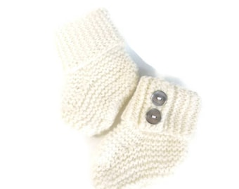 pure cashmere baby bootie 0-3 months