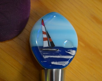 Sailboat Wine Stopper, Fused Glass, Wine Lovers Gift, Unique Gift, Bottle Stopper, Wine Accessory, Wine Bottle Decor, Hand Painted