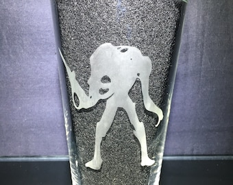 Alien Robot Etched Glass, Unique Custom Gift, Gift for Her, Present for Him