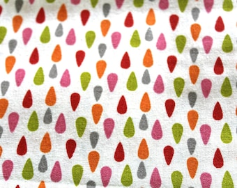 Graphic fabric coupon drops 50 x 70 cm