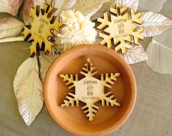 30 Snowflake Wedding Favors