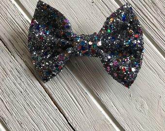 Punk rock Iridescent Glitter Bow,Iridescent Glitter bow,Iridescent Glitter hair bow,Black Glitter Bow,Chunky Glitter bow,headband,sparkle