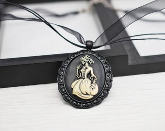 Victorian Lady, Gothic Cameo Necklace, Cameo Necklace, Black Necklace, Gothic Necklace, Cameo Jewelry, Gothic Jewelry, Lolita, Skeleton