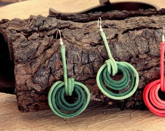 Earrings pair paper mache with metal core Canapart artisan 50% off. 02
