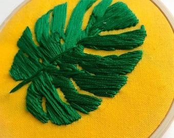 monstera leaf