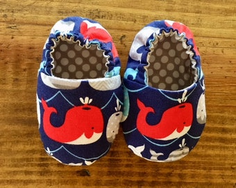 Whale Baby Booties, Crib Shoes, Baby Slippers, Baby Gift, Soft Sole Shoes, Toddler Slippers, Cloth Baby Shoes, Baby Shower Gift