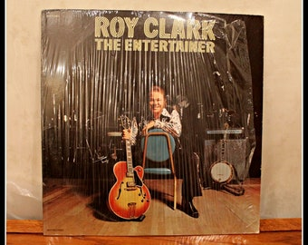 Vintage Roy Clark The Entertainer LP Record, Classic Vinyl Records, Hee-Haw TV Personality, 1970s Country Pop Rock Music, Nashville TN