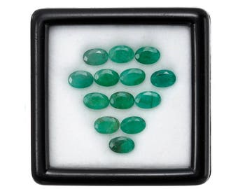 10.0 Carats 6x4mm Natural Emerald Lot. Green Color And Oval Cut.
