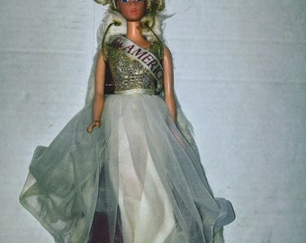 Vintage 1966 Miss America Barbie Doll