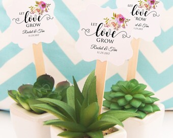 Let Love Grow Tags, (12) Plant Favor Tags, Let Love Grow Favor Tags, Succulent Favor Tags, Flower Pot Toppers