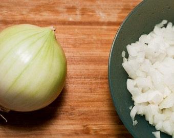 Dutch White Onions - 75 Bulbs