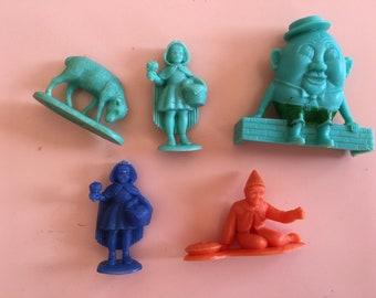 1950/60's vintage nursery rhymes fairy tale plastic toy figure lot - kids vintage figures - basic plastic toys - Little Red Riding Hood