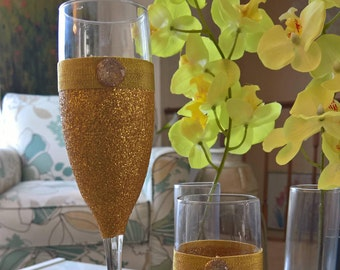 Golden Nugget - Set of 2 Champagne Flutes (Gold)