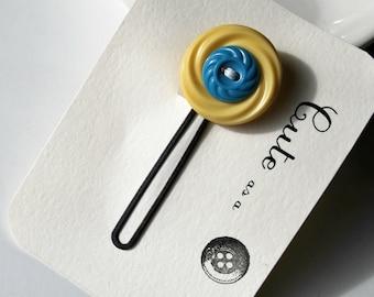 Cute as a Button - Pale Yellow and Blue Vintage Button Hair Pin - Hair Accessory - Bobby Pin - Zakka