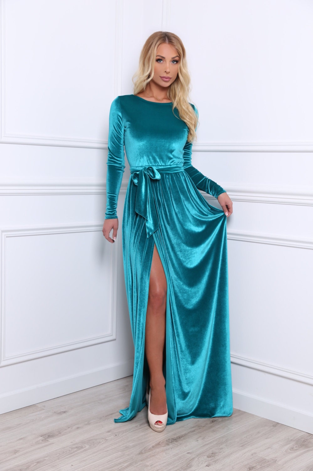 Velvet Bridesmaid Party Maxi Dress/ Round Neck Long Sleeves