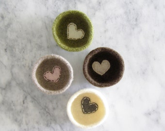 soft, scratch free ring dish - choose a color - felt wool dish with felt heart - jewelry storage - bedroom decor - stocking stuffer