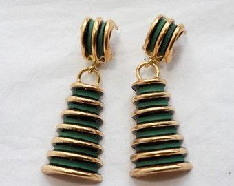 1 paire de 1960 Vintage vert tour Clip sur boucles d'oreilles / / New Old Stock