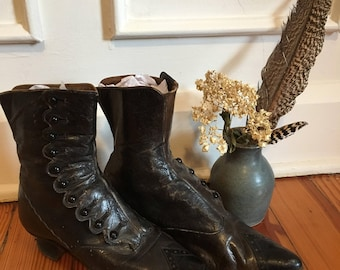 Antique Victorian Edwardian high button boots