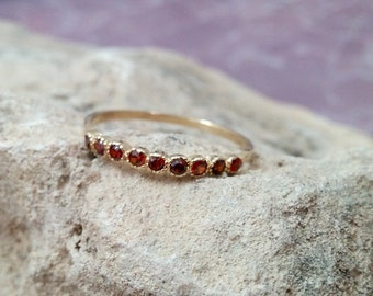 SALE! January birthstone ring,Gemstones Ring,Garnet Ring,Gold Ring,Stacking Ring,Stack Red Ring,Tiny Ring,Bezel Set