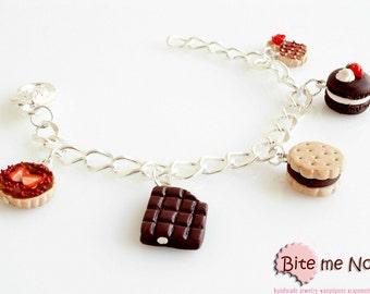 Mini Food Chocolate - Strawberry Assorted Sweets Bracelet, Miniature Sweet, Polymer clay Jewelry, Cute Jewelry,Kawaii Jewelry,Food Jewelry