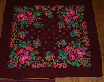 Breathtaking Maroon Vintage Ethnic Scarf With Floral Motif