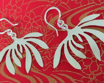 Leafy Ha earrings