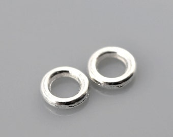 500 SMALL 4mm Silver Plated Soldered Closed Jump Rings 20 gauge wire Findings  jum0023b