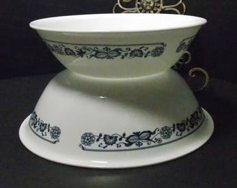 1 quart and 2 quart Corelle Old Town Blue Blue Onion serving bowls everyday dinner ware