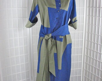 1970s  Brown/Taupe Geometric Tunic Dress & Tie Belt .....  Catherine Ogust for  Penthouse Gallery       size Medium    MINT Condition