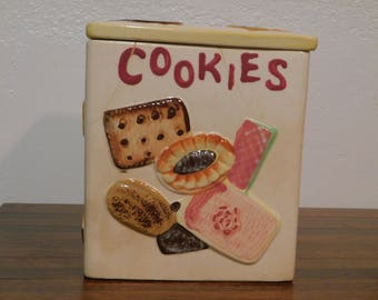 ON SALE - Napco All Over Cookie Jar/Cookie Jar/Square Cookie Jar/Vintage/Kitchen Decor