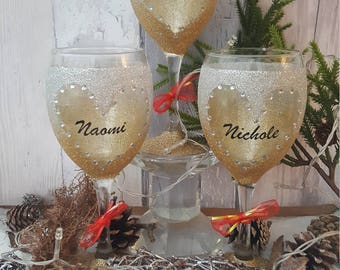 Personalised name ombre glitter wine glass