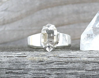 Silver ring with Herkimer Diamond. Size 8.25 . Raw stone ring. Gemstone rings. Herkimer crystal ring. Raw crystal ring. Boho raw stone ring.
