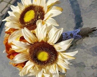 10 inch Sunflower bouquet **on sale** last one!!
