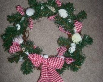 Small Seashell Holiday Wreath